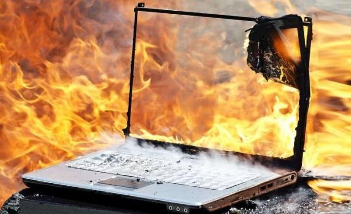 wyczyszczony układ chłodzenia a laptop się przegrzewa
